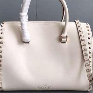 Valentino 真皮bag
