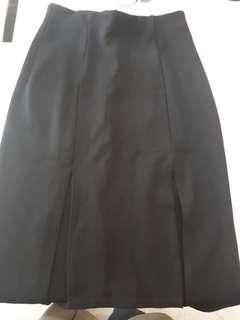cloth.inc black skirt