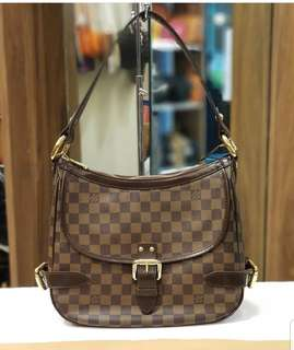 Lv Highbury Drive ❤️MARK DOWN SALE P36k ONLY❤️ ✖️✖️P39k✖️✖️ In excellent With dustbag Swipe for detailed pics  Cash/card/layaway accepted