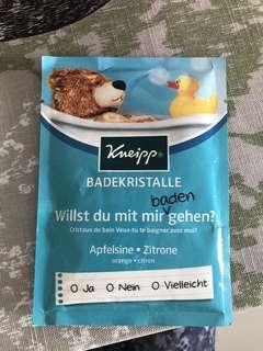 KNEIPP BADEKRISTALLE willst du mit mir baden gehen/ Kneipp sachet bath salt 2.1oz(60g)