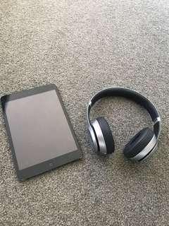 iPad mini + beats wireless solo