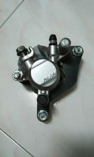 Pump/caliper dash orimotor
