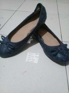 Flay shoes