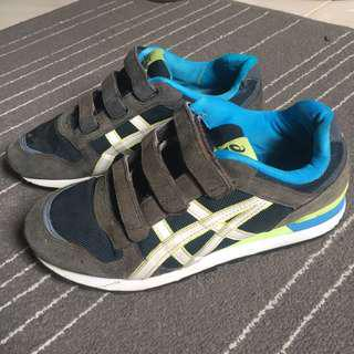 Aasics Casual Shoes