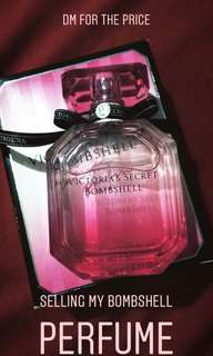 AUTHENTIC VICTORIA'S SECRET BOMBSHELL PERFUME