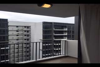 La Fiesta High floor 2 bedrm near MRT and Mall