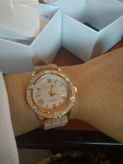 Lightweight Lux Ladies Watch