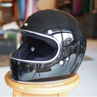Biltwell Gringo SIZE MEDIUM ONLY Motorbike Motorcycle Cafe Racer Full Face Helmet Gloss Black