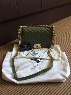 Chanel (authentic quality)