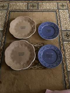 Decorative 4 pcs Plates