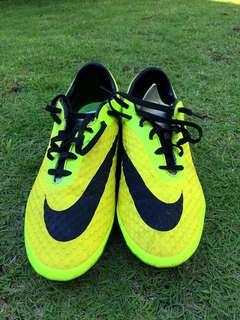 Nike Hypervenom Football Shoes