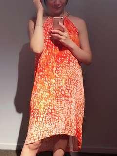🚚 Michael Kors南洋度假風洋裝。S號。亮橘色。斑點。削肩。寬鬆。