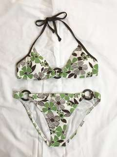 60% off - New Billabong Bikini set - medium