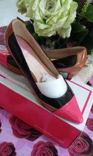 Ladies Cr Shoes