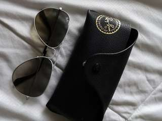 Raybans Original aviators