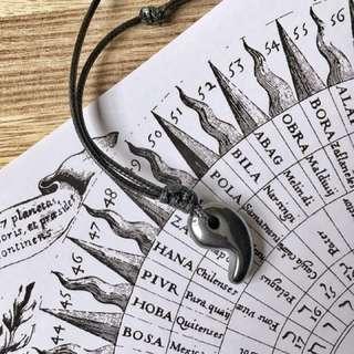🚚 🇯🇵HEMATITE Magatama Necklace 手工蠟線編織勾玉項鍊