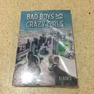 Novel Bad Boys vs Crazy Girls
