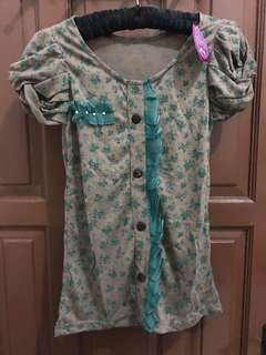 Puffy flower blouse