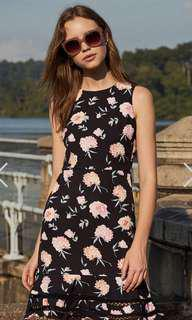 🚚 The Closet Lover Luccia Floral Printed Dress