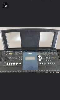Yamaha Keyboard PSR E333