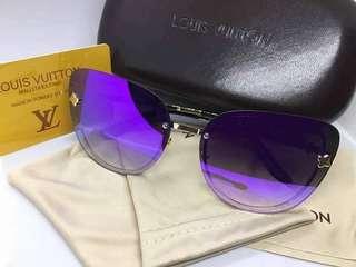 🖤 l• V sunglasses (oEm) 🖤