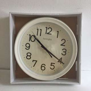 WALL CLOCK TWILIGHT INFORMA