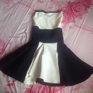 Monochrome flare dress