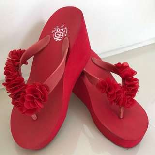 Red Wedges sandal