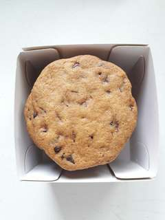 Premium Chocolate Chip Cookies