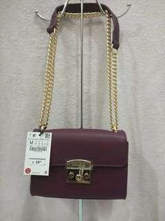 Zara slingbag