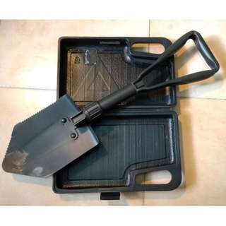 Foldable Shovel (58cm Long)