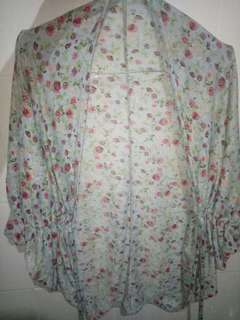 Cardigan/outer flower