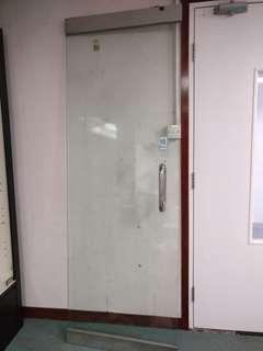 玻璃門一對 免費