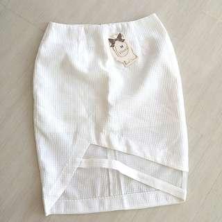 White Skirt midi sz M NEW