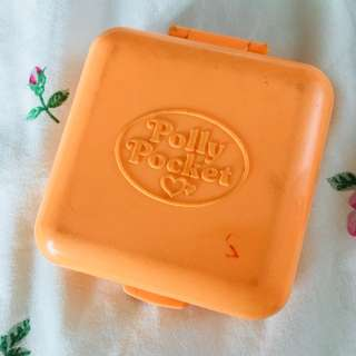 1989 - Polly Pocket Polly's Town House Compact