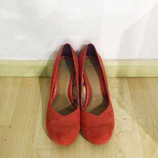 Clarks wide fit red shoes