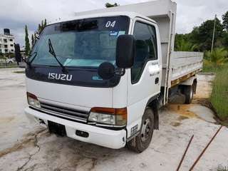 3 Ton Isuzu lorry for sale