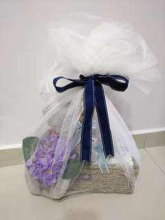 Baby hamper set