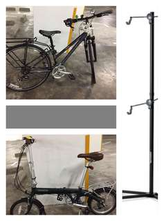 PACKAGE DEAL 2 bikes+1 stand (final price)NOT FOR SALE INDIVIDUALLY