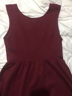 Basic maroon dress