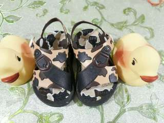 Baby's Brown Camou walking slippers