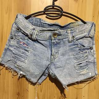 Acid wash - Tatered Short