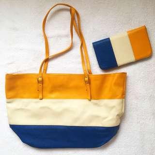Mary Kay Bag & Wallet Set