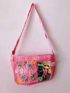 正貨 限量絕版 Blythe 粉色 斜背袋 側咩袋 B女 袋U