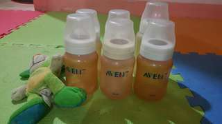 Take all 4bots Avent  wthout nipple. For 0-24mos