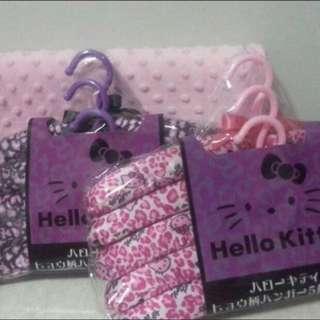 Hello Kitty Hanger 5s