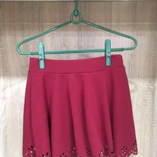 酒紅色裙子