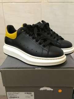 McQueen Sneaker 99% New  Size 39.5