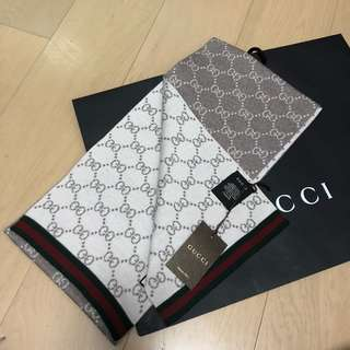 Gucci頸巾