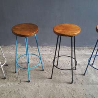 Round Stools: Natural Mango Wood